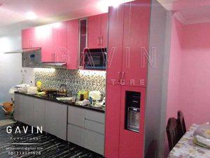 kitchen set minimalis warna pink finishing HPL TH 018 AA bright pink