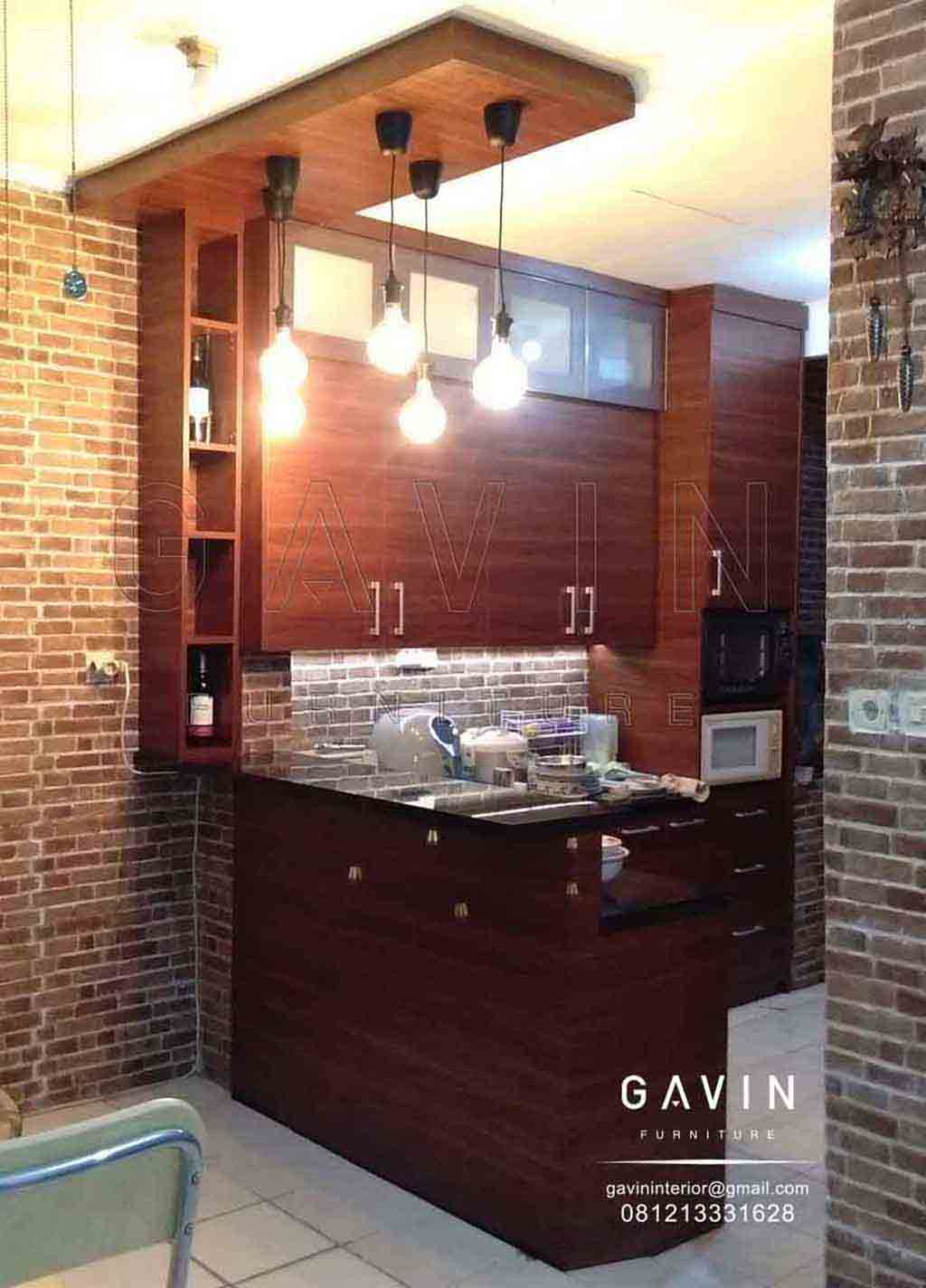 Kitchen Set Dengan Meja Bar Minimalis Warna Coklat Project Di Tanah