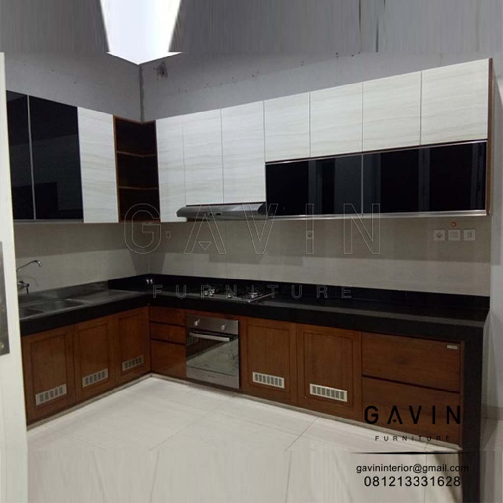 Kitchen Set Dapur HPL Kombinasi Melamic Di Greenville