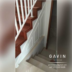 lemari bawah tangga klasik finishing duco semi glossy Q3167