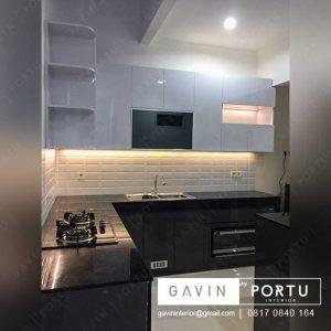 contoh lemari dapur hitam putih finishing hpl di bintaro id3194