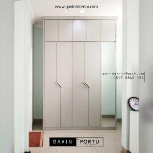contoh lemari pintu swing minimalis kombinasi cermin id3391