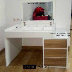 model meja rias minimalis dan kerja project di Green Lake id3482