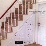 lemari bawah tangga design semi klasik