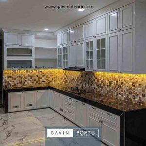 Bikin Kitchen Set Klasik Cat Duco Putih Letter L di Kemang Pratama id4133pt