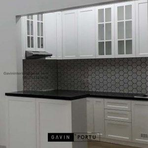 Custom Design Kitchen Set Klasik Putih Perumahan Pesona Khayangan Sukmajaya Depok ID4901PT